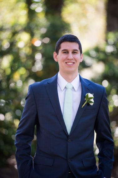 A Classic Navy & White Southern Wedding via TheELD.com