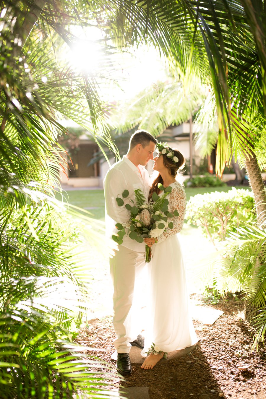 Elegant Green Amp White Hawaiian Wedding Ideas Every Last