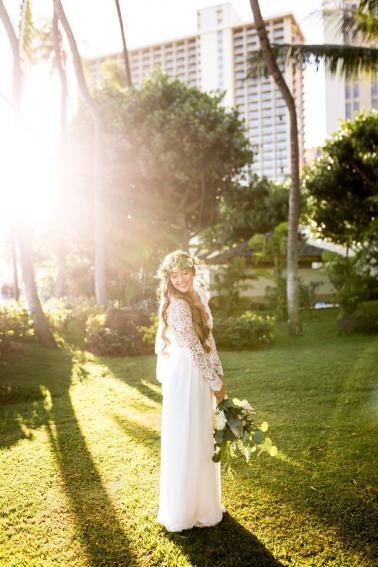 Elegant Green Amp White Hawaiian Wedding Ideas Every Last