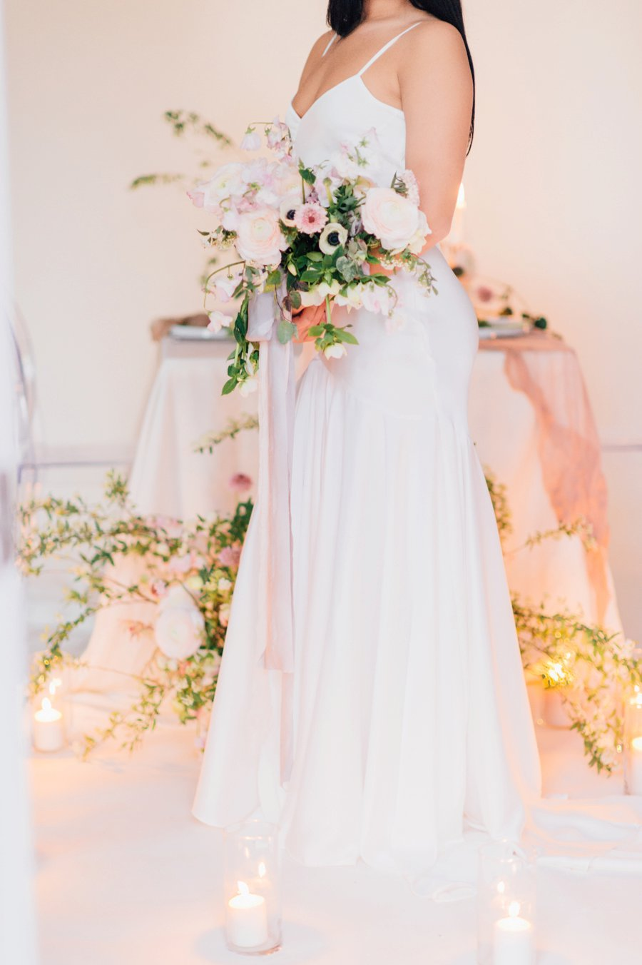 Minimalist Ethereal Wedding Ideas via TheELD.com