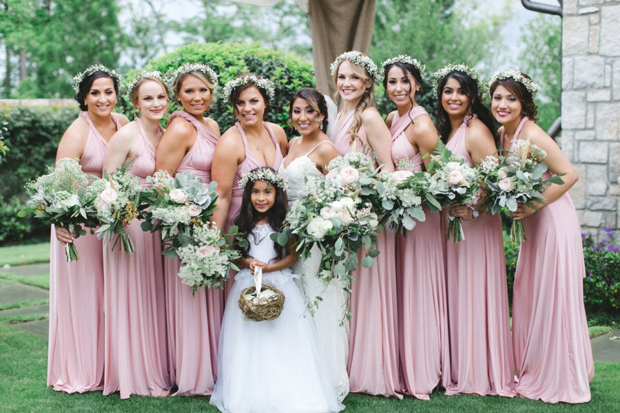 An Elegant Green & White South Carolina Wedding via TheELD.com