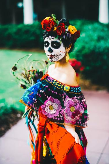 "Colorful Cultural ""Dia de Los Muertos"" Wedding Ideas via TheELD.com"