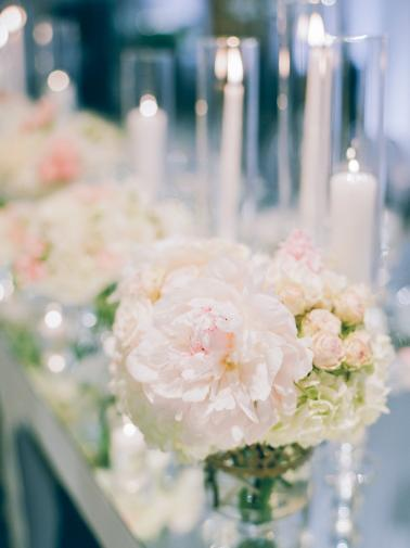 A Luxe & Elegant Ballroom Wedding in California via TheELD.com