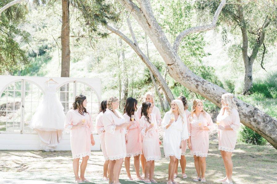 A Romantic Blush & Gold California Wedding via TheELD.com