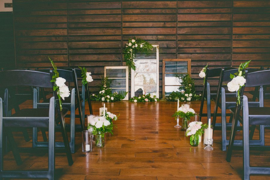 Green & White Modern Ethereal Wedding Ideas via TheELD.com