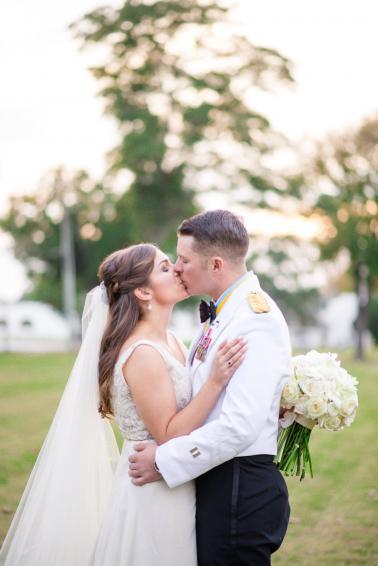 An Elegant Green & White Georgia Wedding via TheELD.com