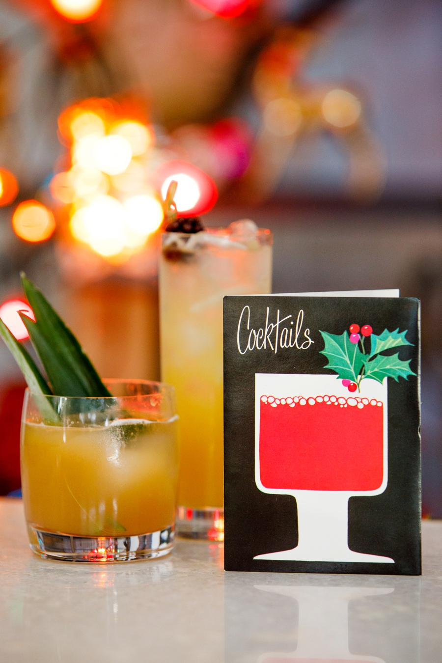 Vintage inspired Christmas Cocktail Party via TheELD.com