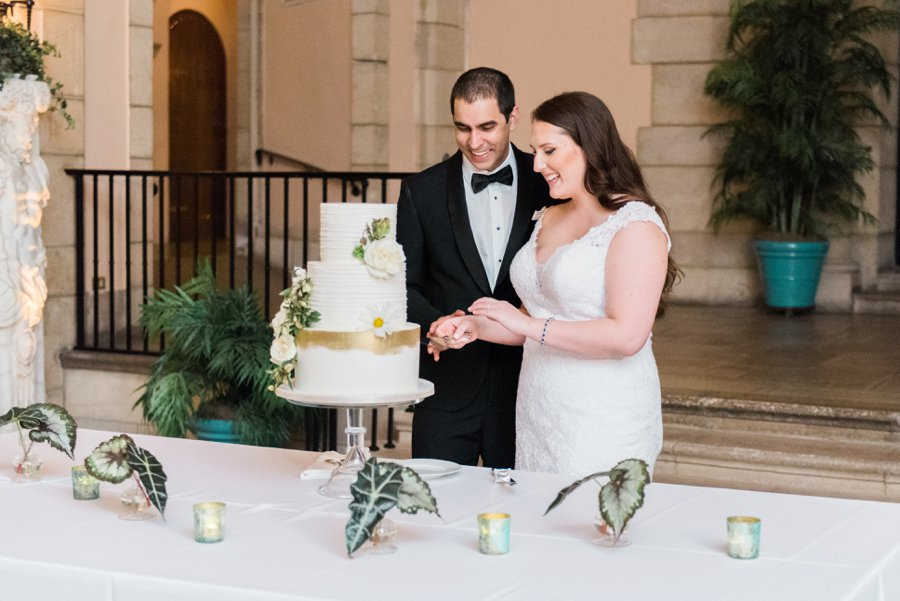 A Tropical & Elegant South Florida Wedding Day via TheELD.com