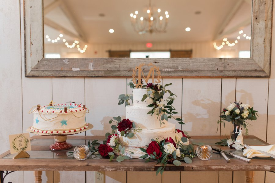 A Red, Green, & White Rustic Elegance Pennsylvania Wedding via TheELD.com