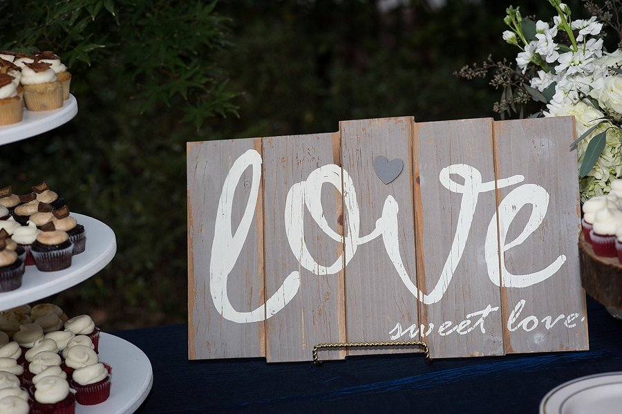 Rustic Elegant Navy & Green Jacksonville Wedding via TheELD.com