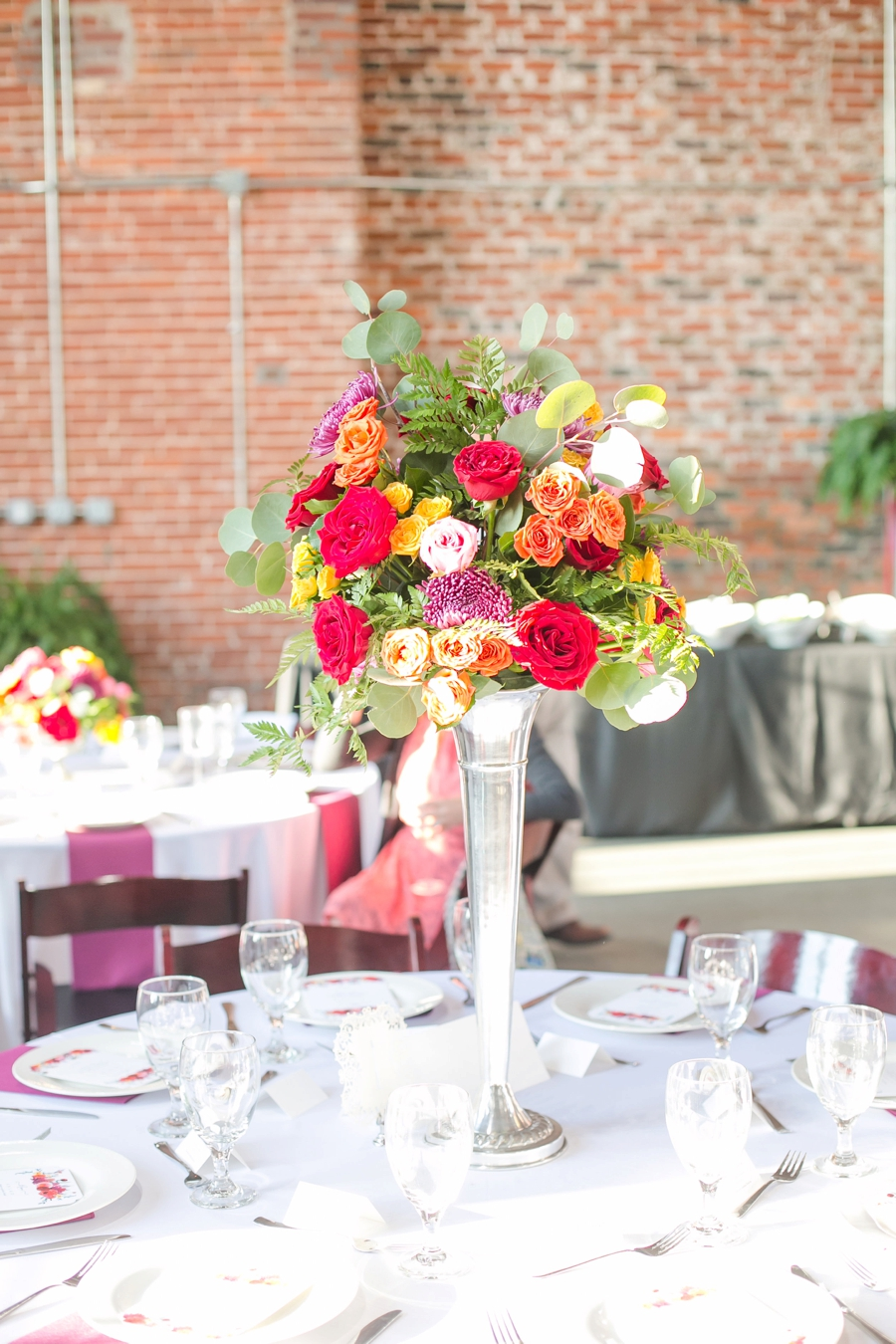 A Colorful Modern Elegant Charlotte Wedding via TheELD.com