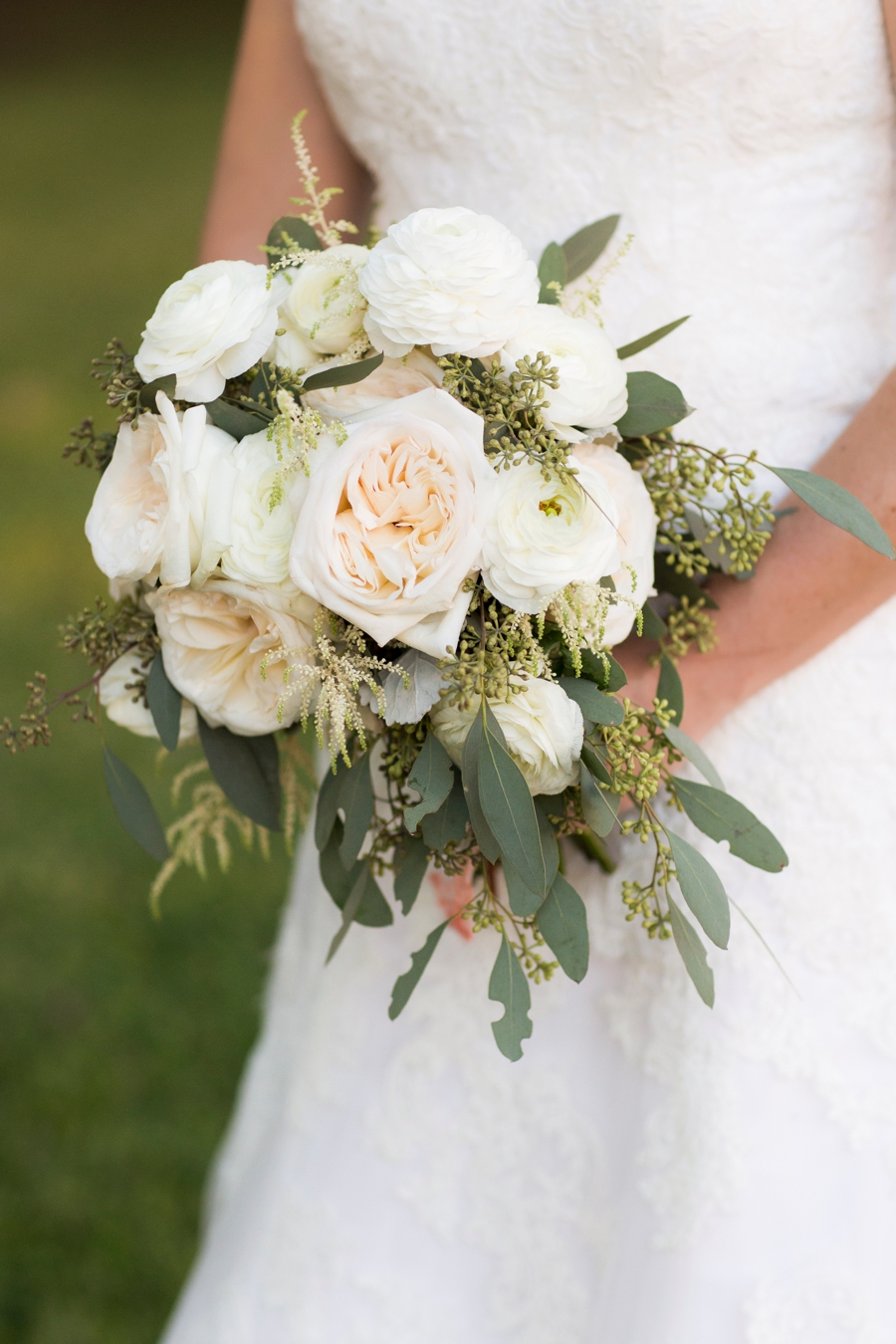 An Elegant Blush Pensacola Wedding via TheELD.com