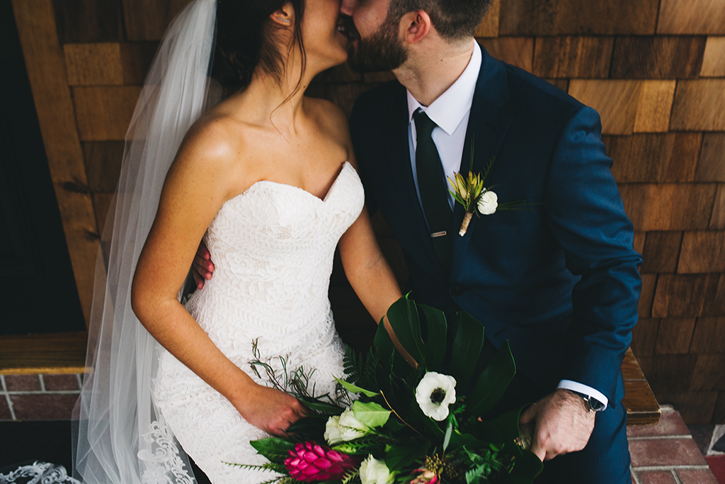 10 Things You Absolutely Need For Your Wedding via TheELD.com