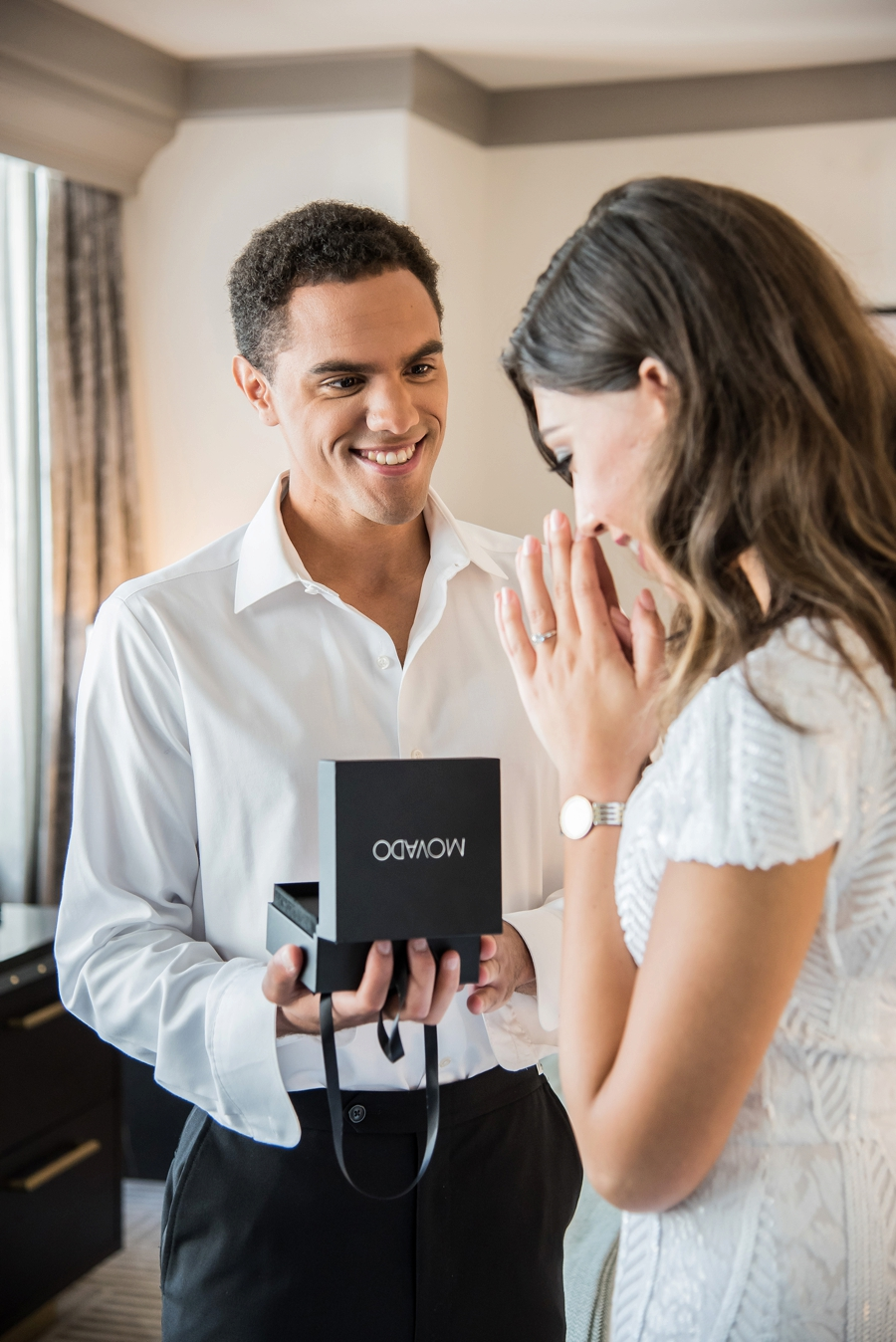 Modern Rooftop Elopement Inspiration With Chic Wedding Day Gift Ideas via TheELD.com modern rooftop elopement inspiration with chic wedding day gift ideas - A Modern Rooftop Elopement Inspiration 0011 - Modern Rooftop Elopement Inspiration With Chic Wedding Day Gift Ideas