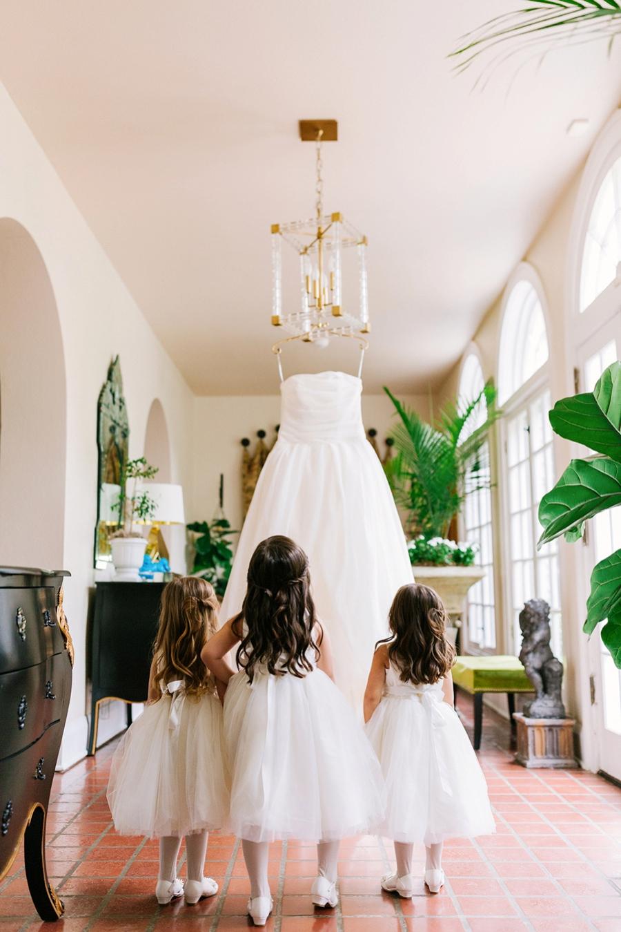 A Southern Garden Inspired Wedding In Central Florida via TheELD.com