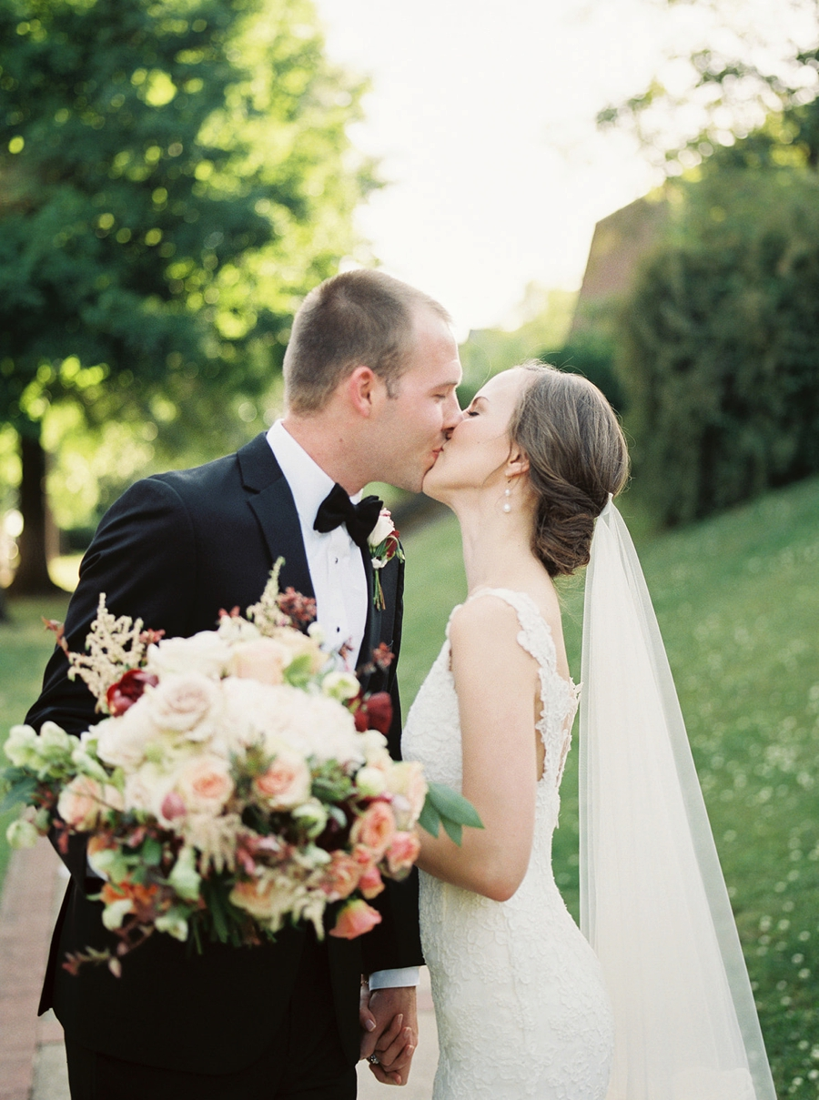 A Classic & Romantic Birmingham Wedding via TheELD.com