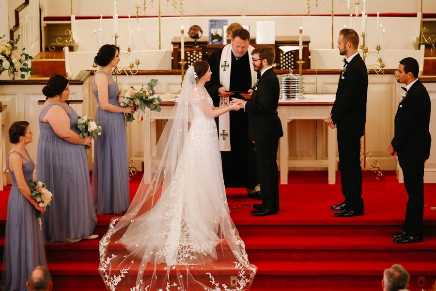 A Romantic Blush & Blue Tampa Wedding via TheELD.com A Romantic Blush & Blue Tampa Wedding - A Romantic Blush Blue Tampa Wedding 0013 - A Romantic Blush & Blue Tampa Wedding
