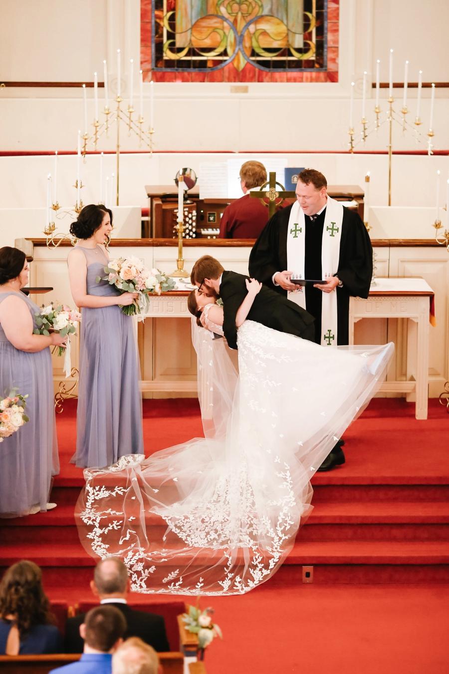 A Romantic Blush & Blue Tampa Wedding via TheELD.com A Romantic Blush & Blue Tampa Wedding - A Romantic Blush Blue Tampa Wedding 0015 - A Romantic Blush & Blue Tampa Wedding