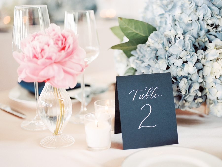 A Sophisticated Michigan Lakeside Wedding via TheELD.com