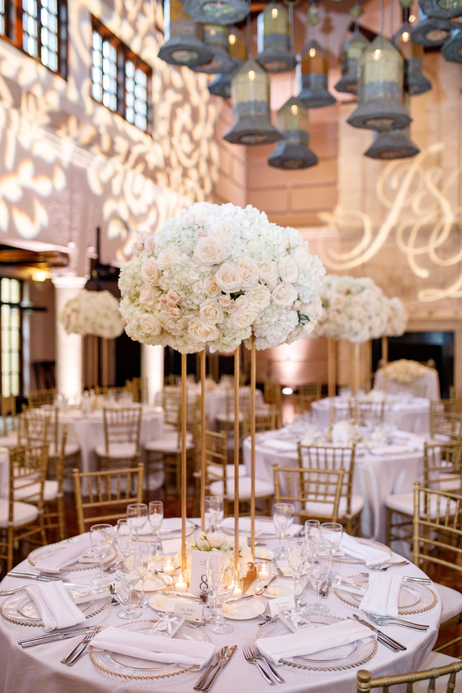 A Glamorous White Orlando Wedding via TheELD.com
