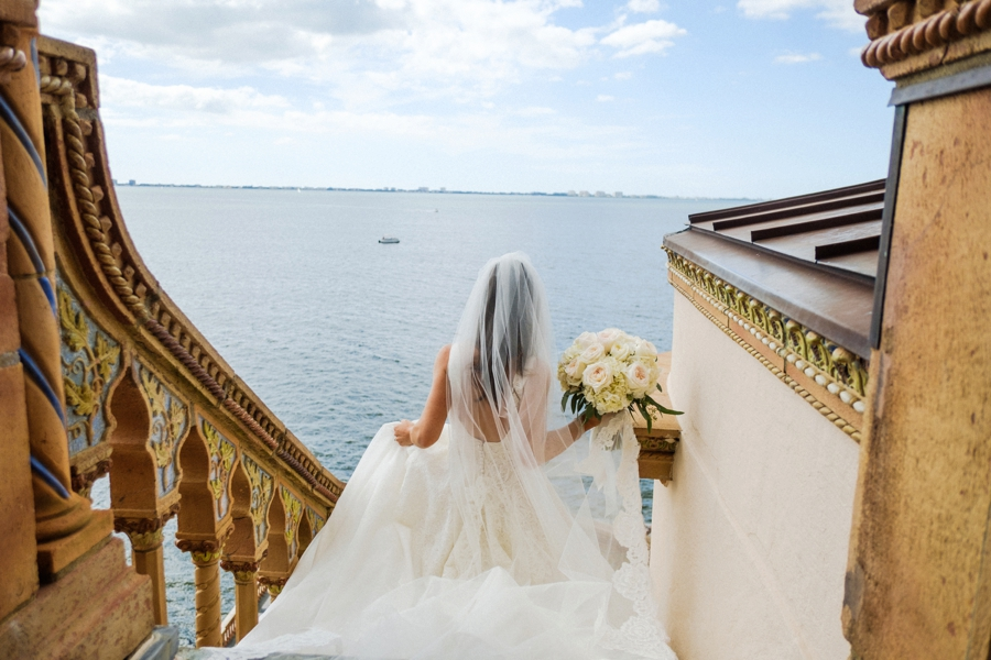 An Elegant Garden Sarasota Wedding via TheELD.com