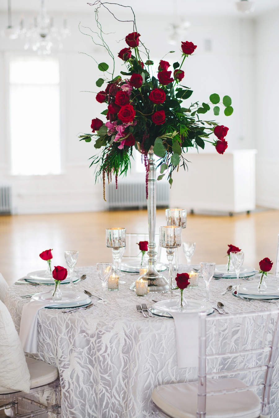 Red And White Wedding.Glamorous Red And White Wedding Inspiration Every Last Detail
