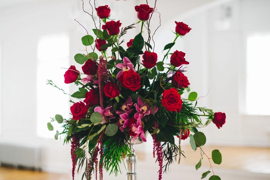 Glamorous Red and White Wedding Inspiration via TheELD.com