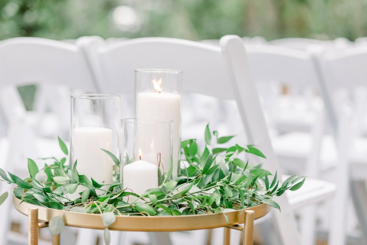 A Chic Coastal Inspired Amelia Island Wedding via TheELD.com