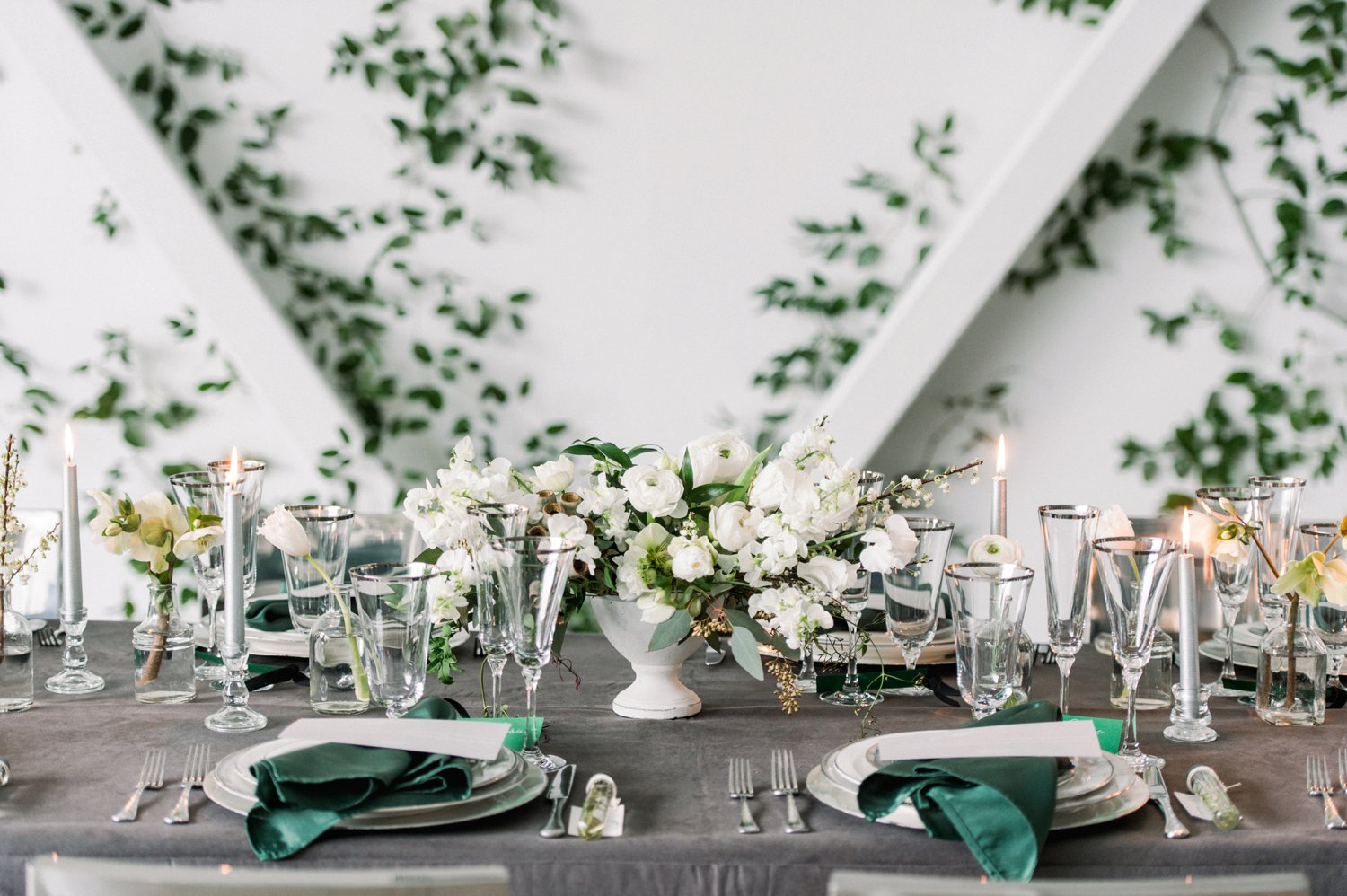 Sophisticated & Modern Green Wedding Ideas via TheELD.com