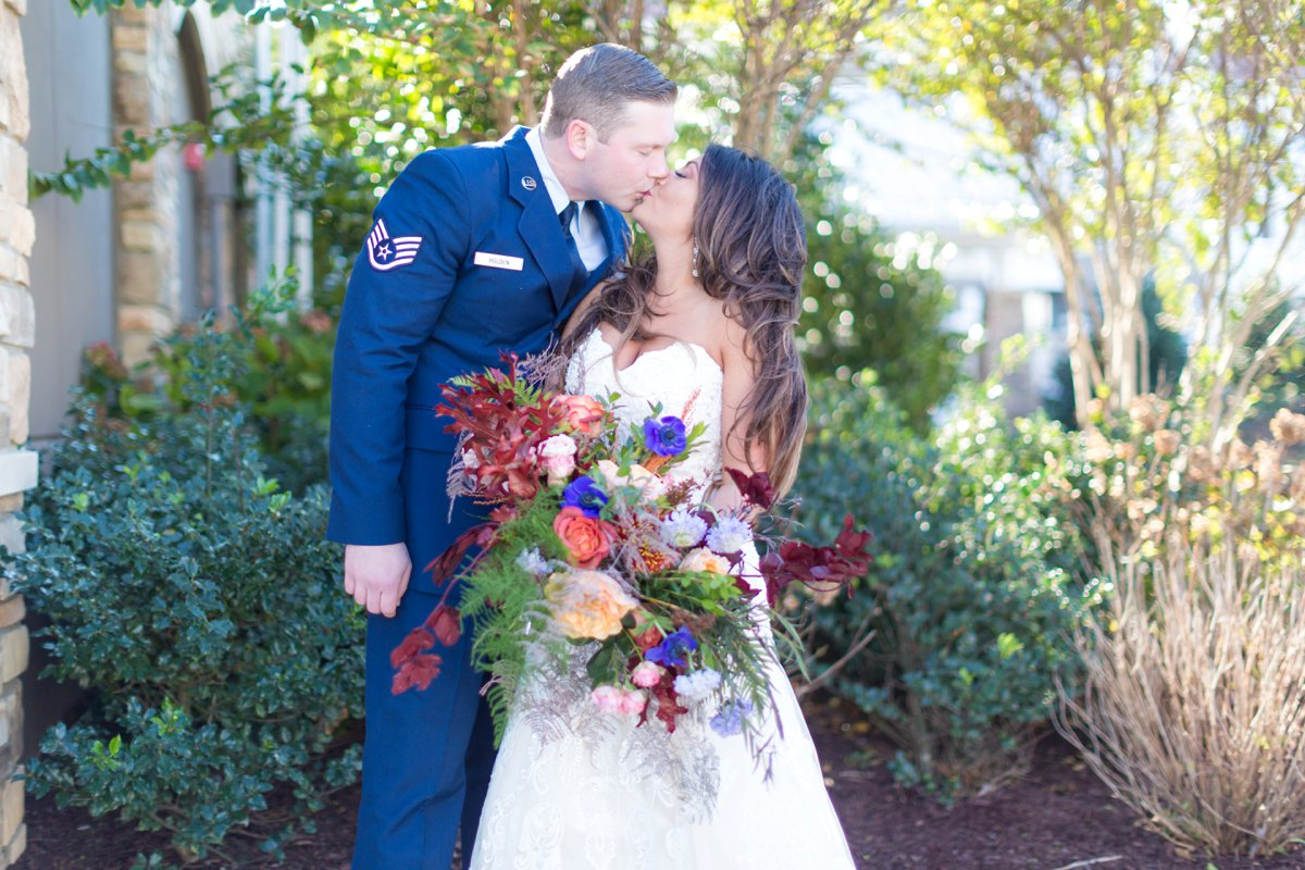 A Colorful Fall New Jersey Wedding via TheELD.com