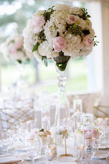 An Elegant Blush Portland Wedding via TheELD.com