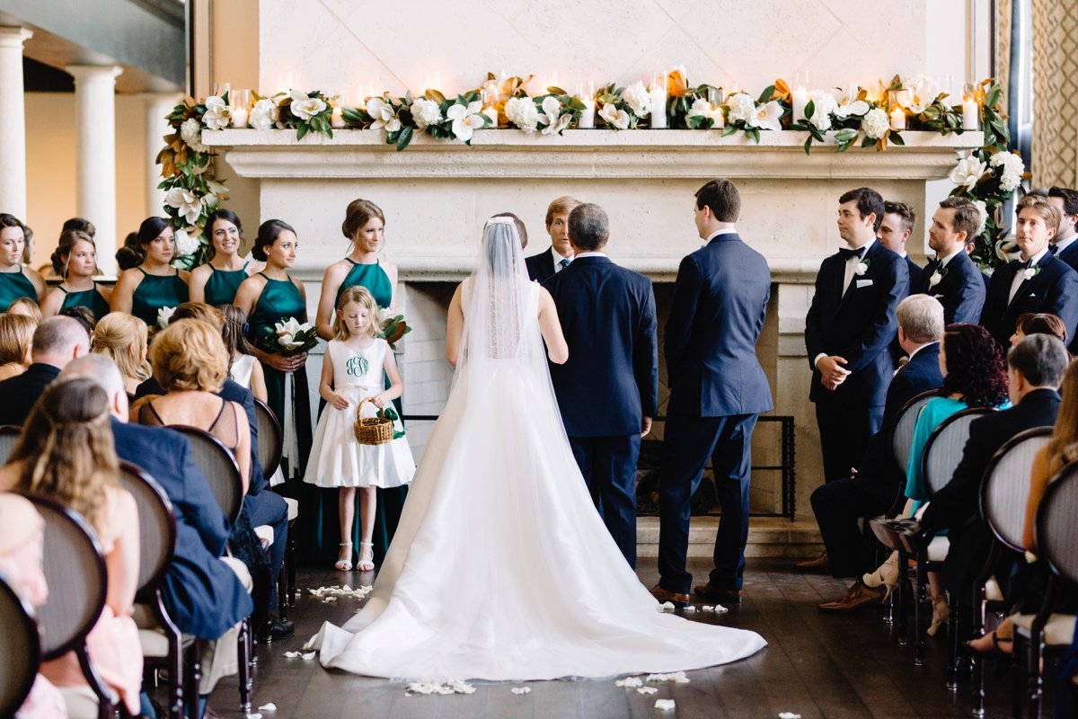 An Elegant Green & Navy Southern Wedding via TheELD.com