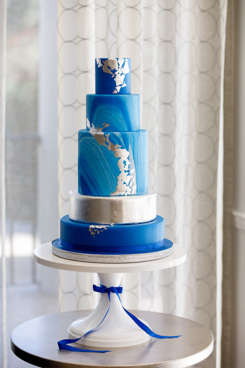 Classic Blue Marble Wedding Cake, Pantone 2020 for Weddings