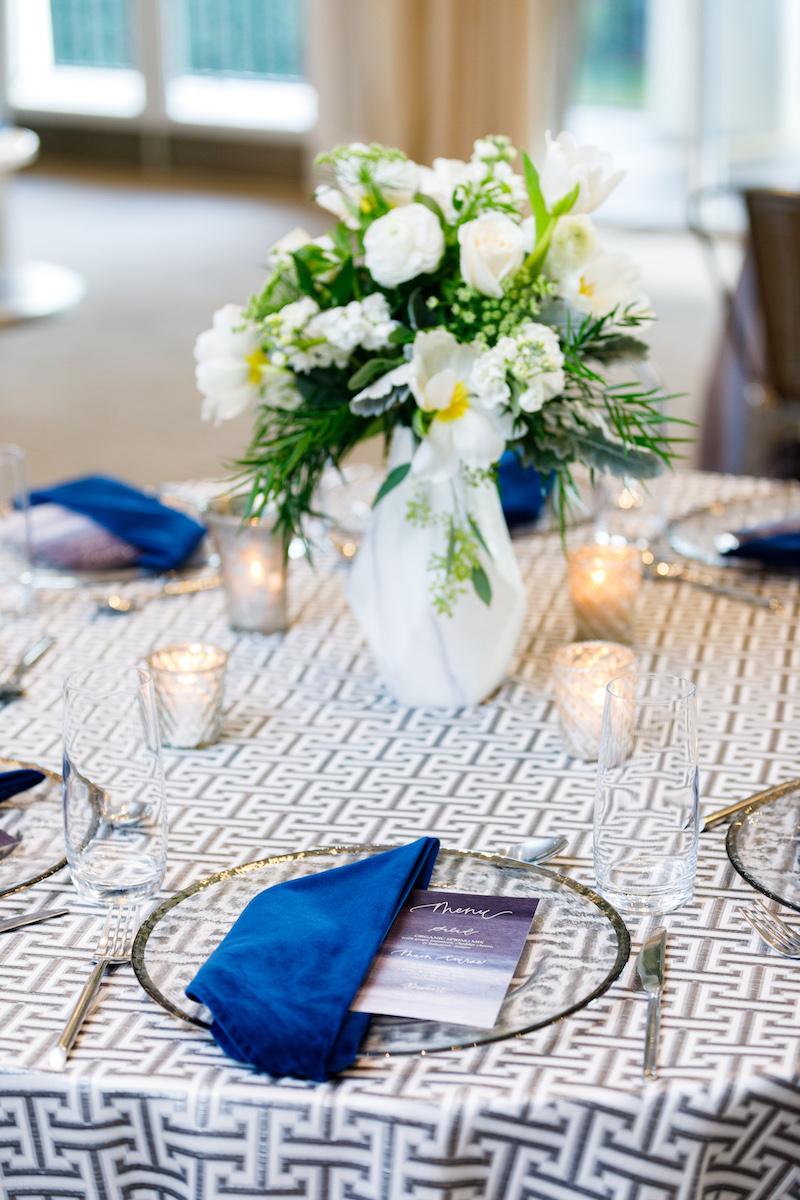 Pantone 2020 Wedding Decor, Classic Blue Table Decor