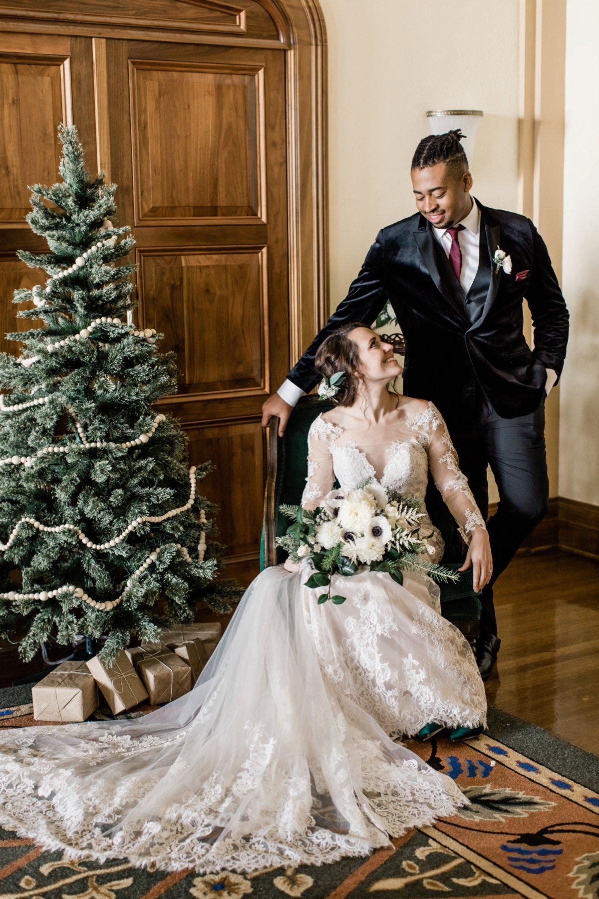 Modern Christmas Wedding Inspiration via TheELD.com