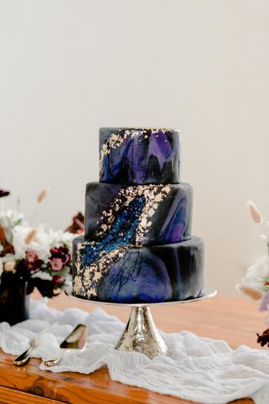 Pantones 2020 Color of the Year Classic Blue Wedding Inspiration via TheELD.com