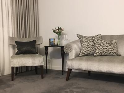 mosaic-cushion-canvas-room