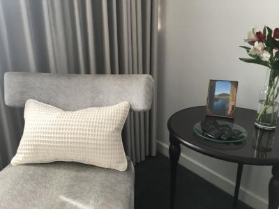 cleo-cushion-canvas