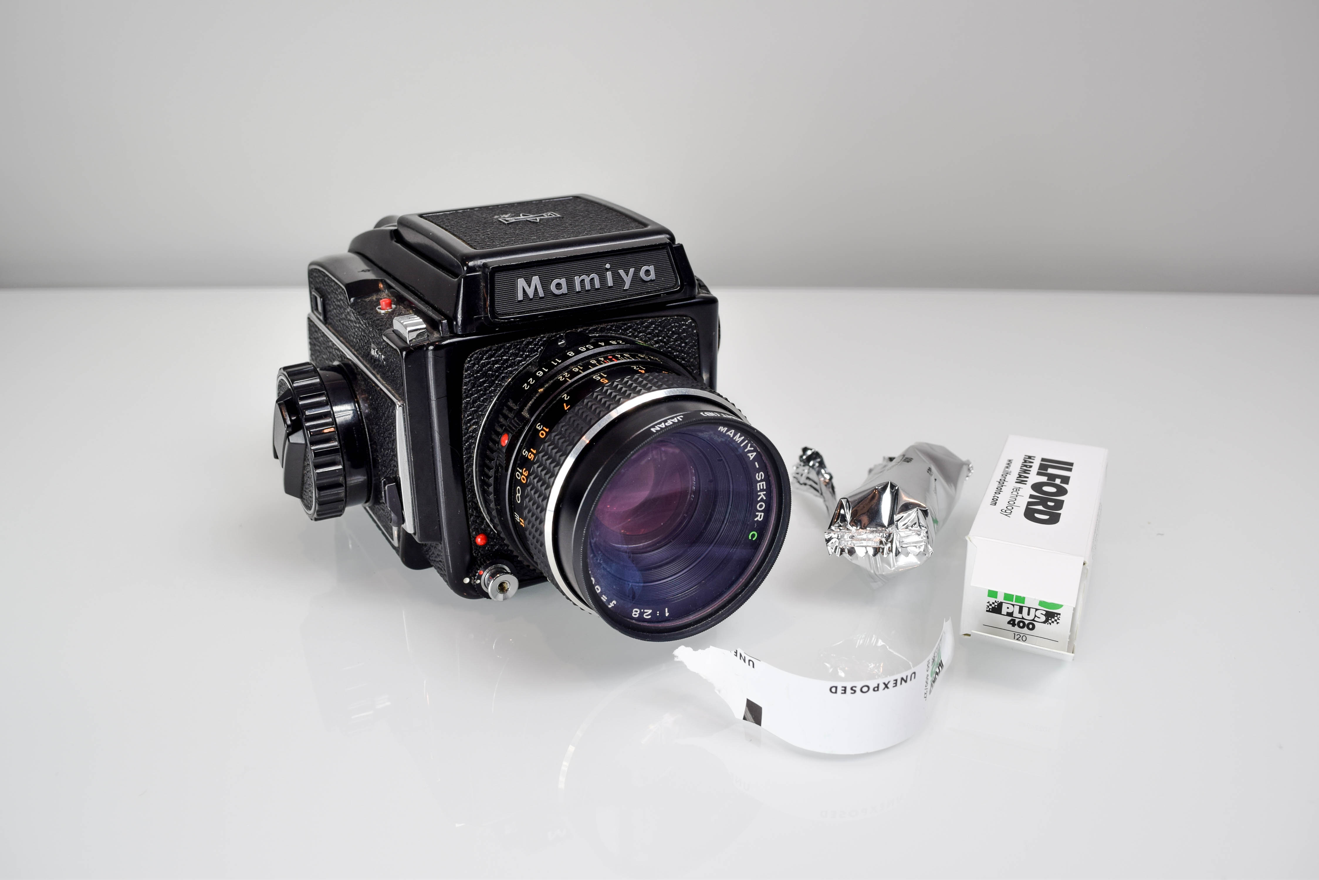 Go Shoot - How to Load 120mm Film into Your Mamiya M645 - Film Photography - Filtergrade