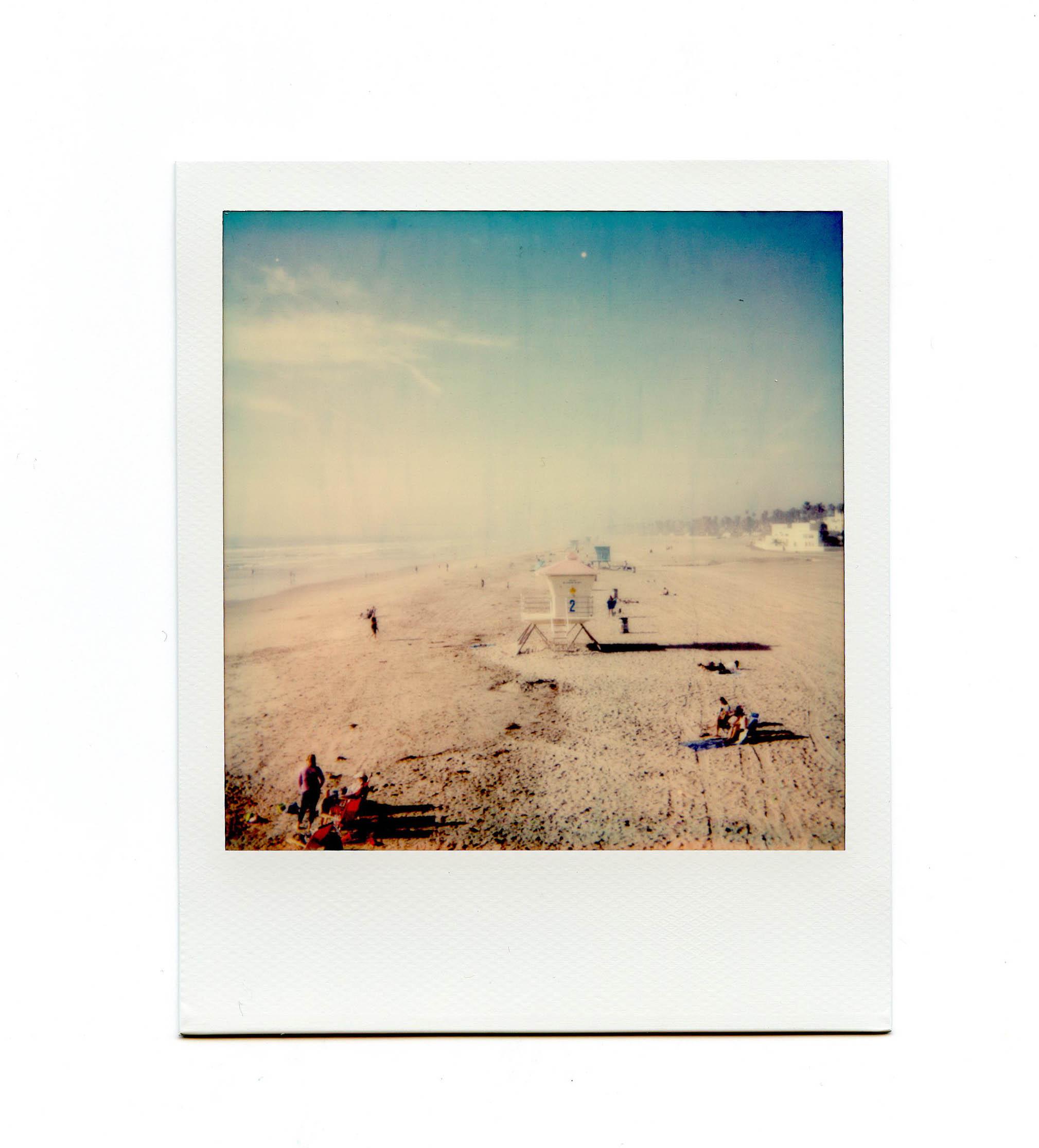 5 Polaroid Sun 600 Instant Film Camera Review - FilterGrade