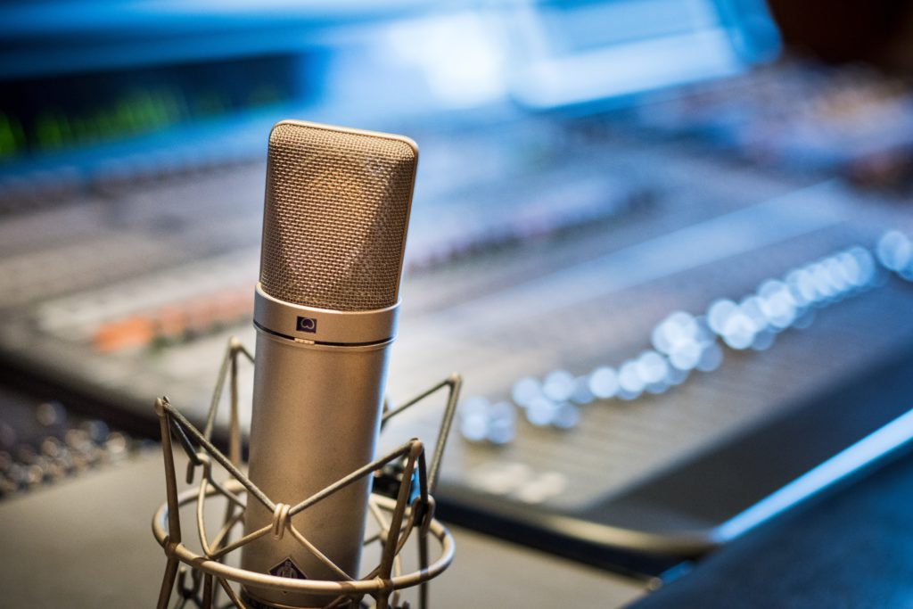 Recommended External Microphones for Vloggers