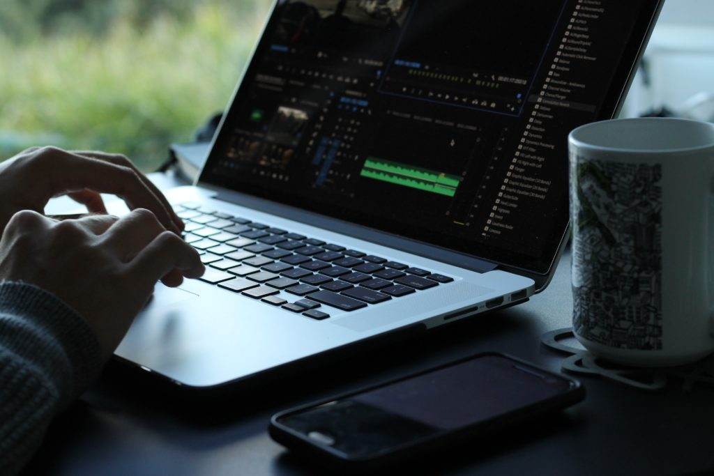 editing video on premiere pro cc macbook