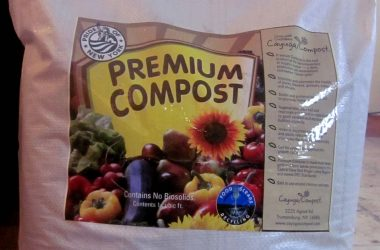cayuga-compost-in-bags-1024x622