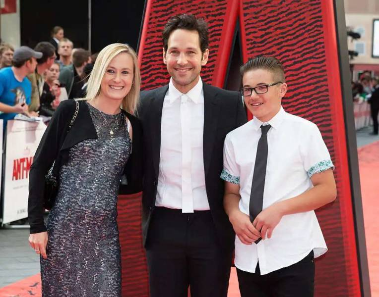 All About Paul Rudd with is Son and wife
