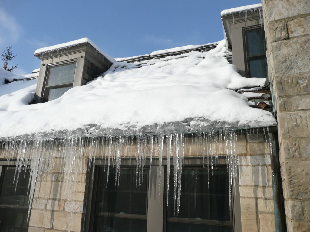 ice dams on metal roofing