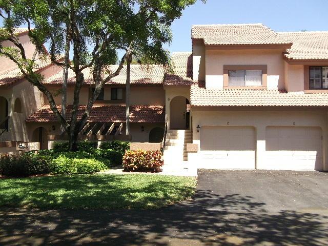 Boca Raton - Coach Houses Of Town Place Condo - RX-10043577