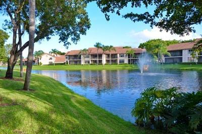Boca Raton - COACH HOUSES - RX-10486521