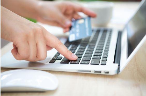 Incrementan las compras online de agro insumos.