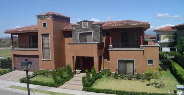 luxury home in Santa Ana gated community