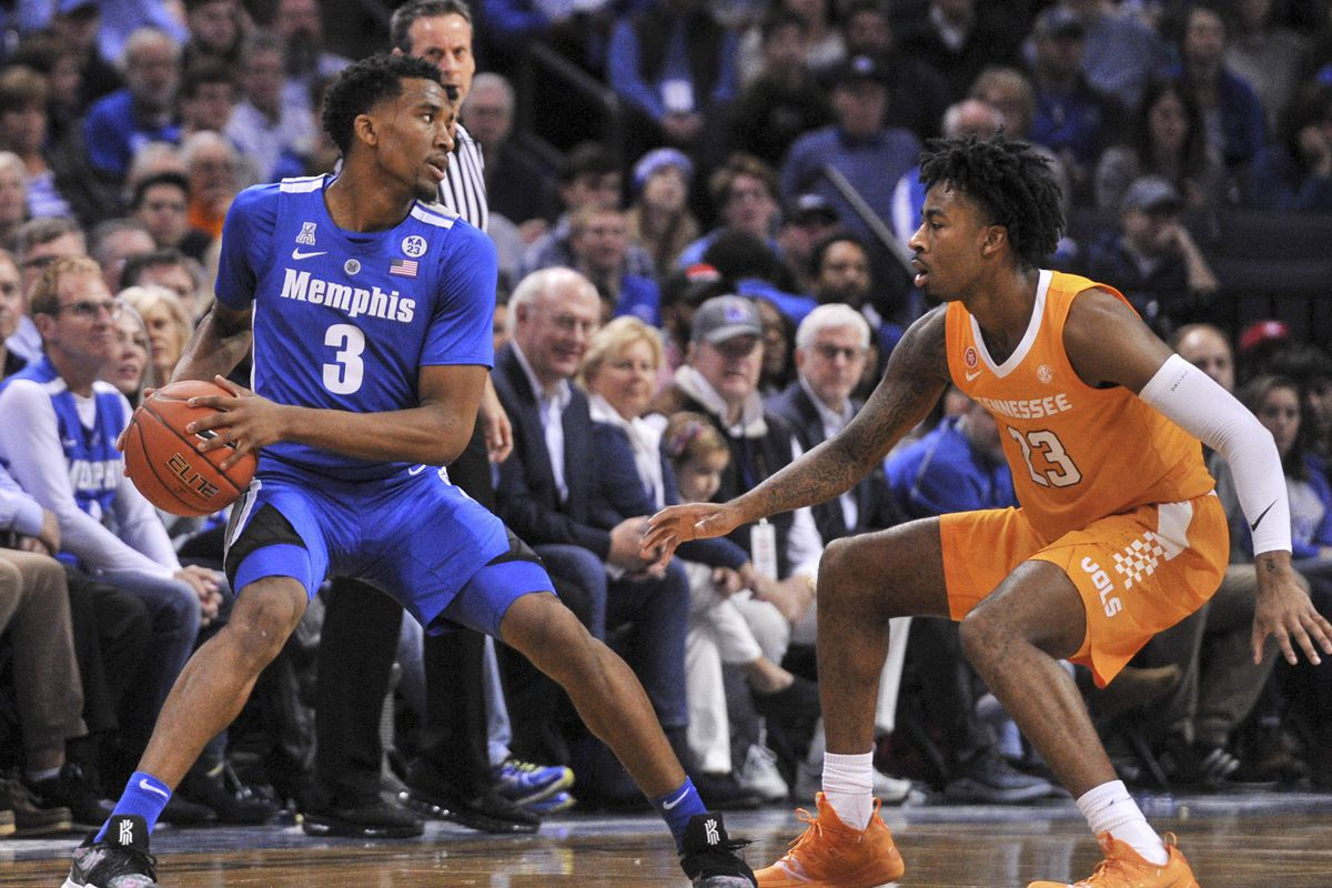 Memphis falls to No. 3 Vols
